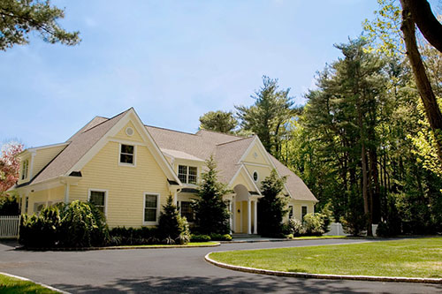 Traditional Clapboard Home Design Old Westbury